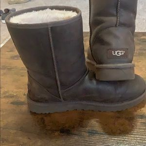 Women's Uggs Brown Leather Size 10